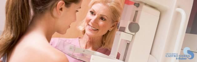 Se puede realizar una mamografia con protesis mamarias